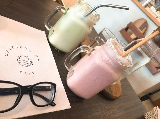 Iced Matcha Latte y Cocoloco