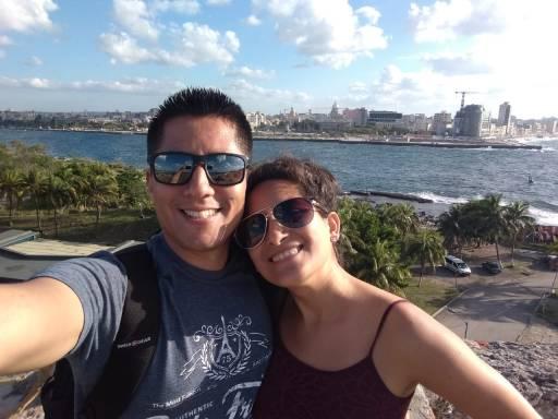 Con La Habana de Fondo