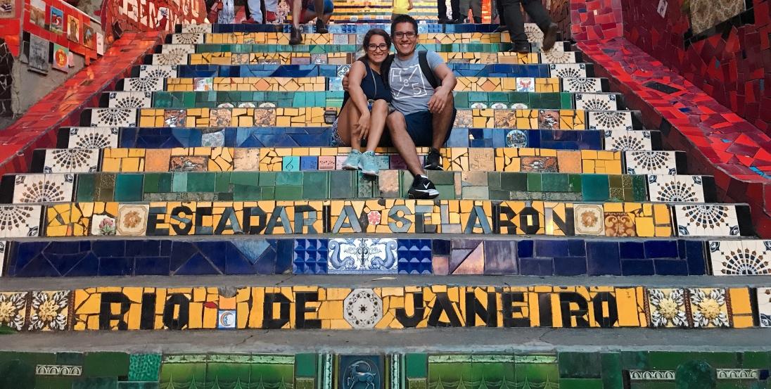 Juntos en la Escalera de Selaron