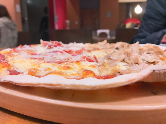 pizza de masa delgadita!